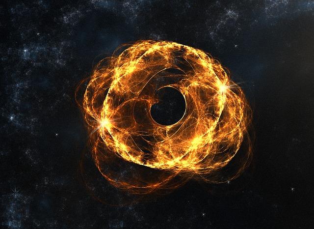 Черная дыра M33 X-7 пожирает гигантскую звезду