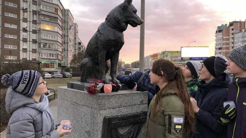 Памятник псу, который верно ждал своих хозяев целых 7 лет